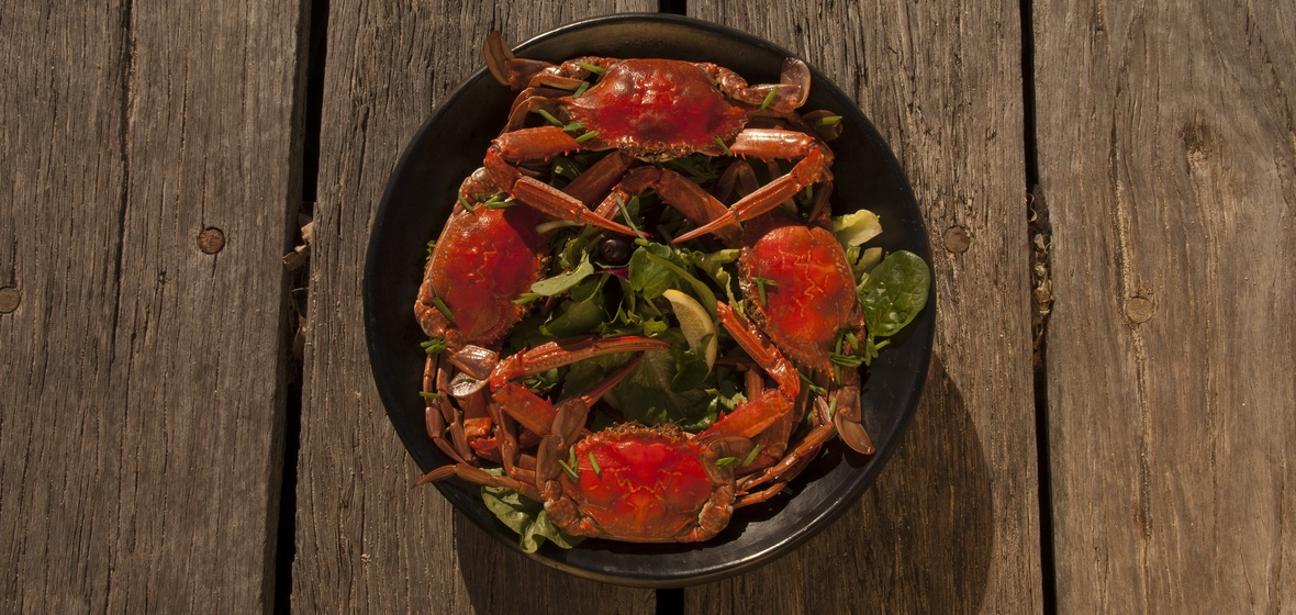 Love crabs in garlic butter
